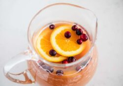 EASY Holiday Punch Recipe (4 ingredients!)